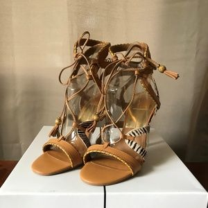 BRAND NEW! DOLCE VITA: Sandals - Size 8